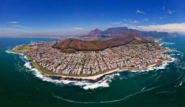 Yuk Berlibur ke Kota Mutiara yang Bersinar di Ujung Selatan Afrika