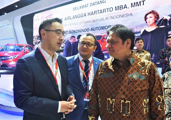 IIMS 2019 : Kunjungan Menteri Perindustrian RI di booth DFSK